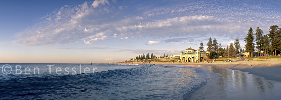 P16-Cottesloe Beach Waves-SS.jpg